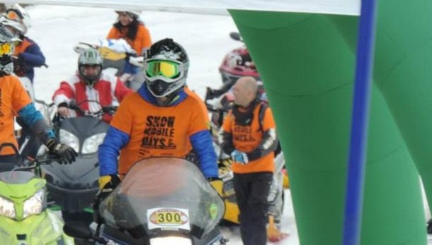 snowmobile-gara-al-palu-per-solidarieta-e-amicizia_0dc73b02-f265-11e4-8365-409302404e67_900_512_new_rect_large