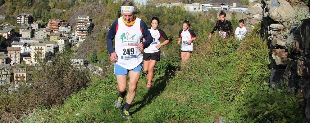 la-scarponata-alpina-va-a-rossi-asparini-domina-tra-le-donne_346b8a34-add8-11e7-acb6-6238b537495a_998_397_big_story_detail